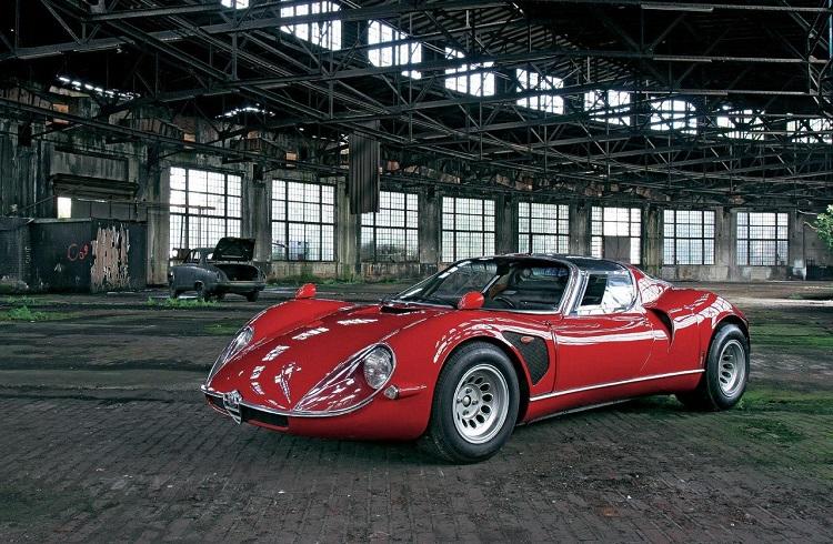 Alfa Romeo'nun En Güzel Otomobili 33 Stradale Açık Artırmada!