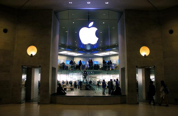 Apple'nin Piyasa Değerinde Şok Düşüş!