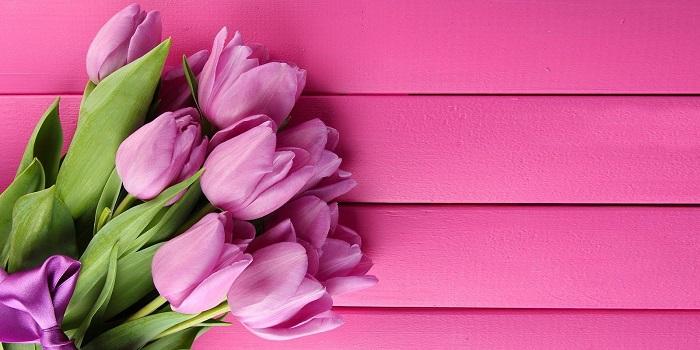 En Sevdiği Çiçeklerle Onu Sevindirin!