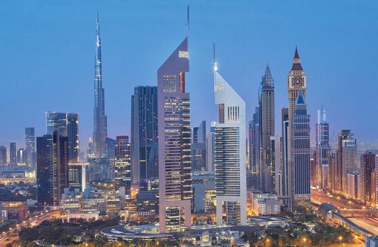 """Dubai Palm Cumeyra Adası'ndaki Yıldız: """"Jumeirah Emirates Towers"""""""