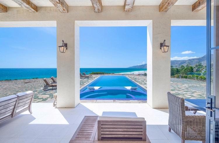 """Malibu'nun En İhtişamlı Evi """"Villa Sogno"""" ile Tanışın!"""