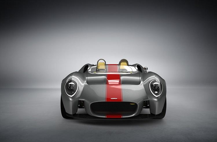 """Modern Donanımlara Sahip Klasik Bir Otomobil: """"Jannarelly Roadster"""""""