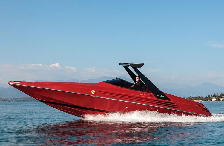 Nadir Bulunan Ferrari Sürat Teknesi Müzayede Yolcusu!