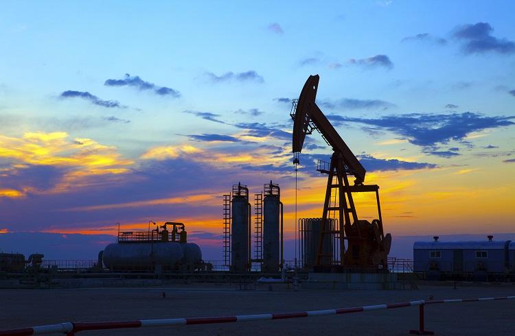 Petrol 2016 Mayıs Sonu Resmi Stok Verileri Öncesi Tırmanışta