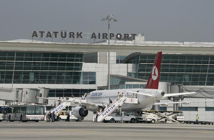 Atatürk Havalimanı Saldırısı Dolar ve Hisse Senetlerini Nasıl Etkiledi?
