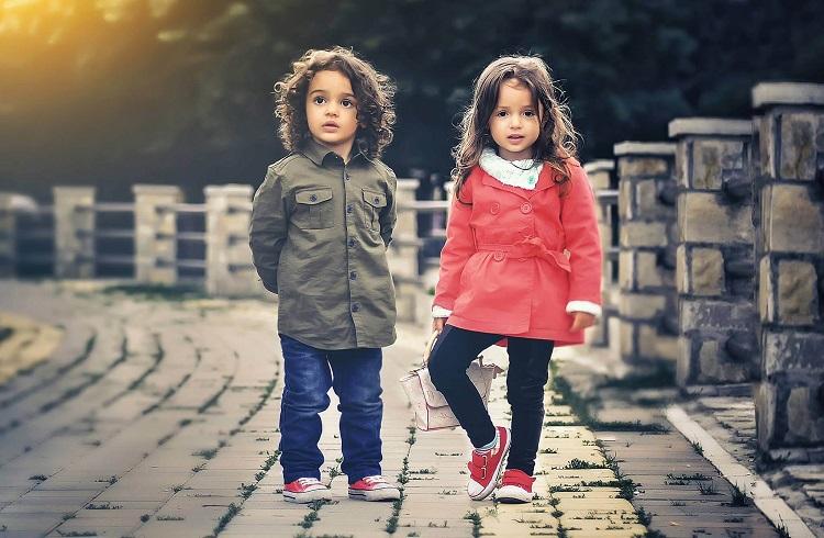 Çocuklara Ucuz ve Ücretsiz Kıyafet Almanın Yolları