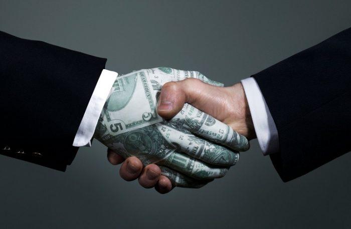 Döviz Yatırımcılarının Dikkat Etmesi Gerekenler
