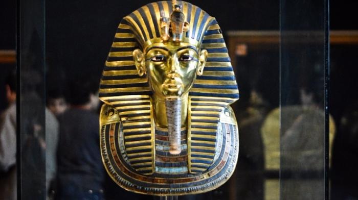 Firavun Tutankamon'un Ölüm Maskesi
