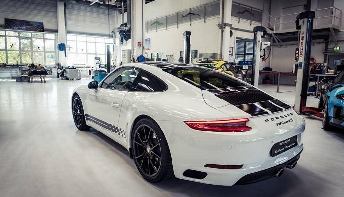 Estetik ve Dinamik Bir Porsche Modeli