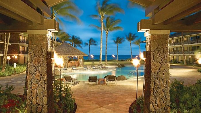 Hawaii'nin Cennet Sahilleri Üzerinde Lüks Bir Otel