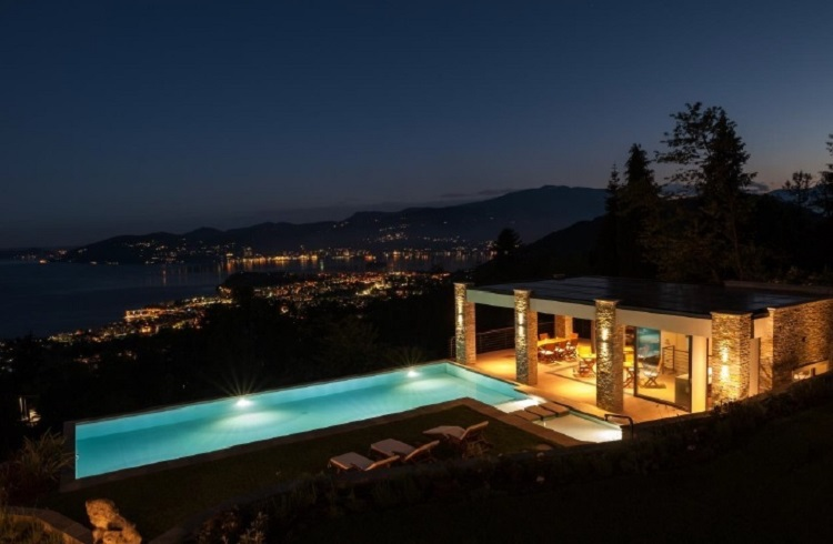 Maggiore Gölü'ne Tepeden Bakacağınız Lüks İtalyan Villası