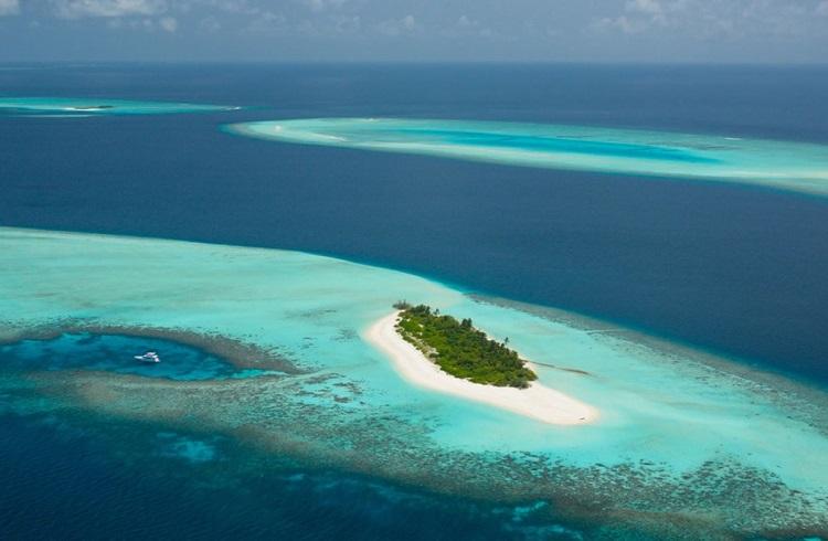Maldivler'in Issız Adasında Four Seasons ile Seçkin Bir Yaz Tatili