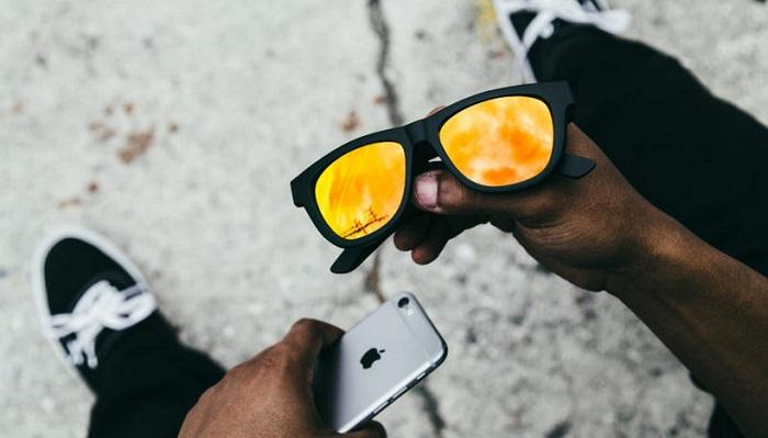 Müzik Dinlenebilen Güneş Gözlüğü Nasıl Çalışıyor?