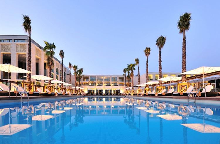 Portekiz'in Tüm Güzelliğini Yansıtan Lüks Otel: Tivoli Victoria