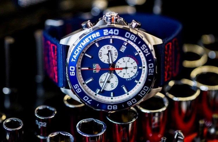 TAG Heuer'den Red Bull Racing Takımına Özel Saat Koleksiyonu!