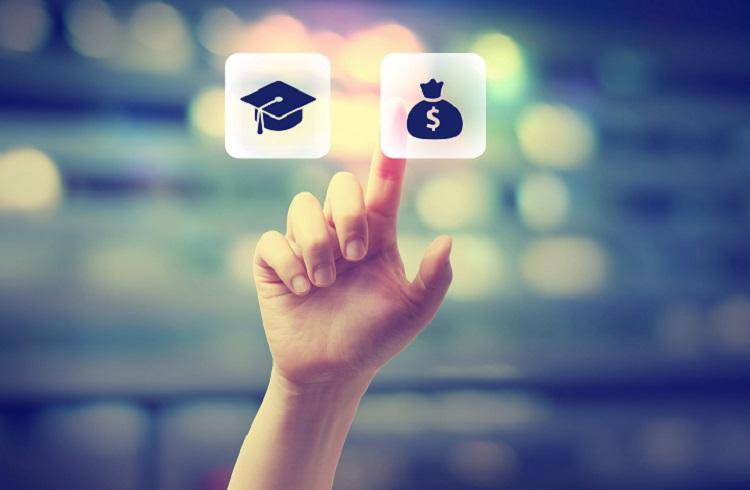 Üniversite Öğrencilerine Para Kazandıracak 7 Basit Yöntem