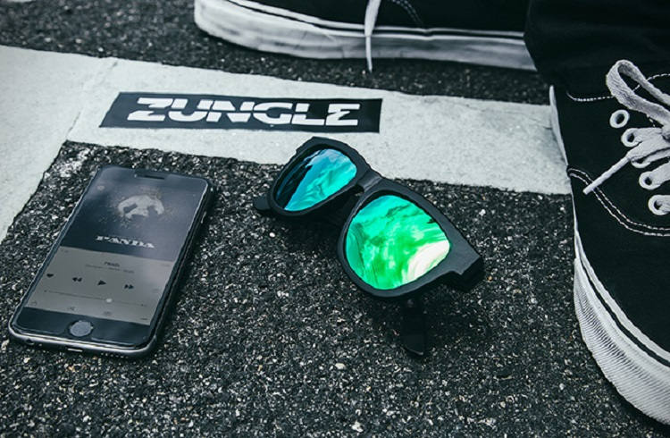 """Müzik Dinleyebileceğiniz Bir Güneş Gözlüğü: """"Zungle Panther"""""""