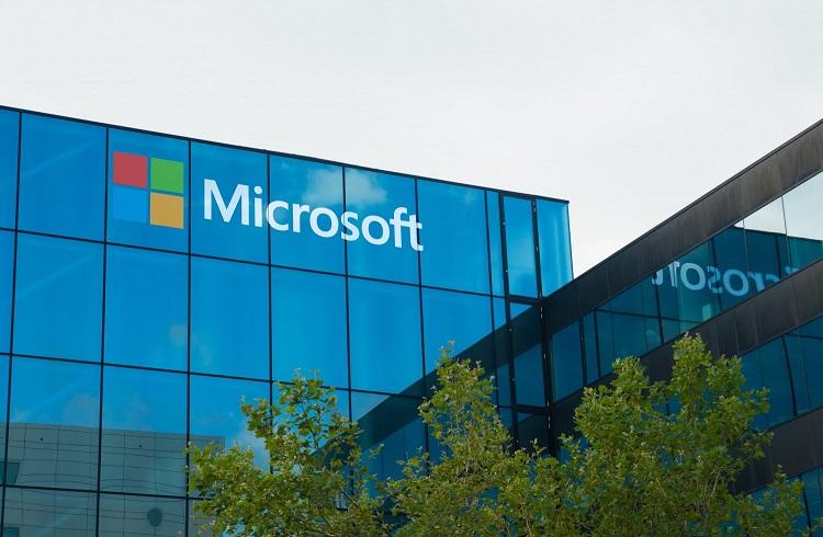 7 Yılın Ardından Microsoft'un Yıllık Mali Geliri İlk Kez Düştü