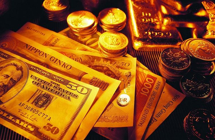 Altın Fiyatları Düşerken Para Kazandırır mı?
