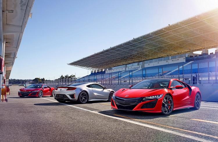 Bütün İhtişamı ve Performansıyla 2017 Honda NSX Modeli