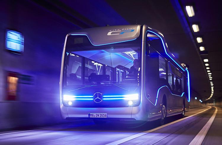 Dünyanın İlk Sürücüsüz Otobüsü Mercedes CityPilot Seferlerine Başladı!