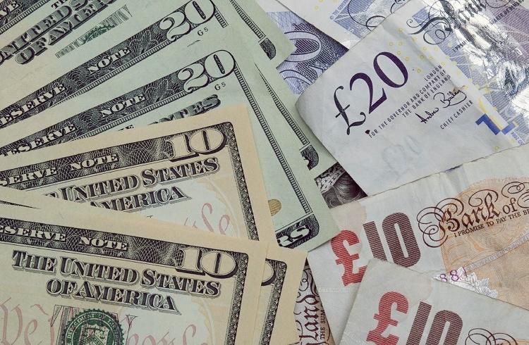 GBP/USD Paritesi Yatırımı için Forex Piyasası Mantıklı mı?