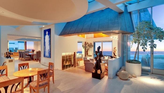 Malibu Sahillerinde Frank Gehry Tasarımı Bir Başyapıt