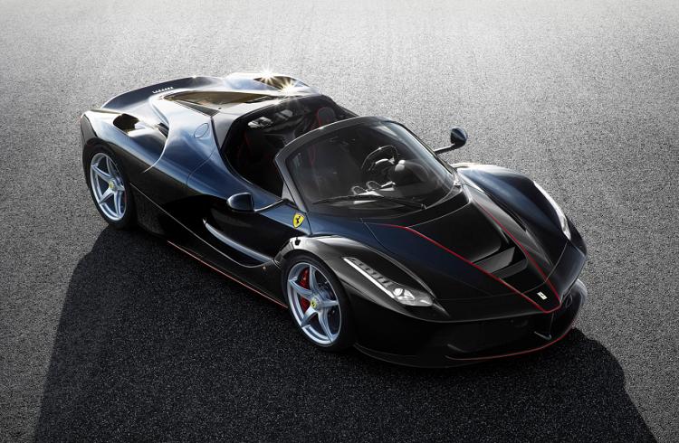 """Üstü Açık Yepyeni Bir Ferrari Şeytanı: """"2017 LaFerrari Spider"""""""