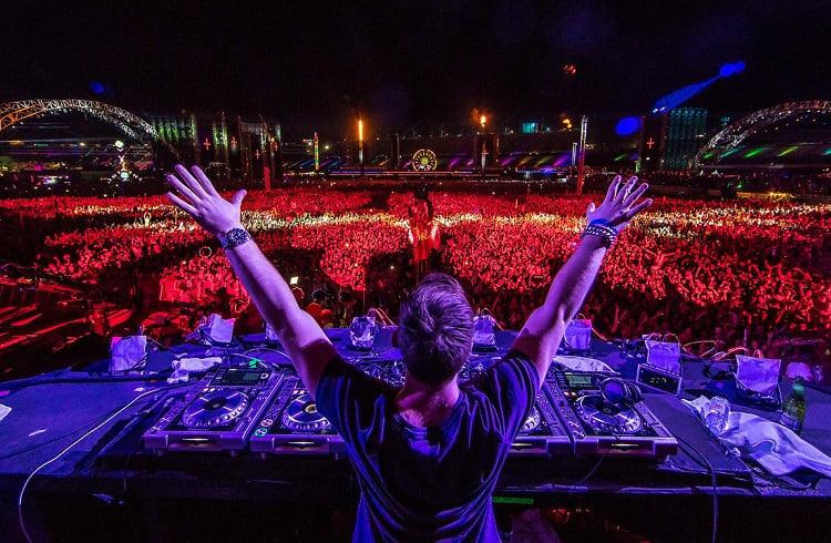2016 Yılında En Çok Para Kazanan 15 DJ