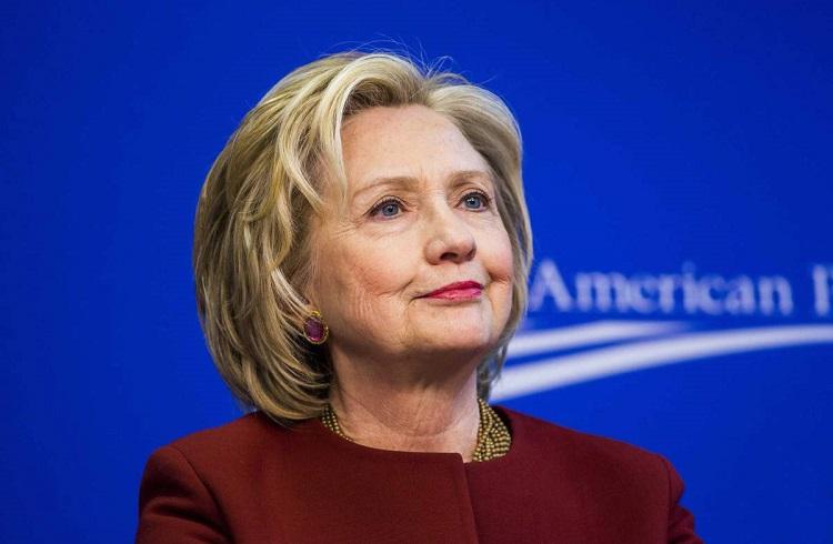 ABD'li Ekonomistler Clinton'ın En İyi Seçenek Olduğunu Düşünüyor