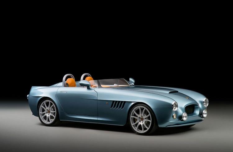 """Bristol Cars'tan Dünyayı Şaşkına Çeviren Bir Araba: """"Bullet Speedster"""""""