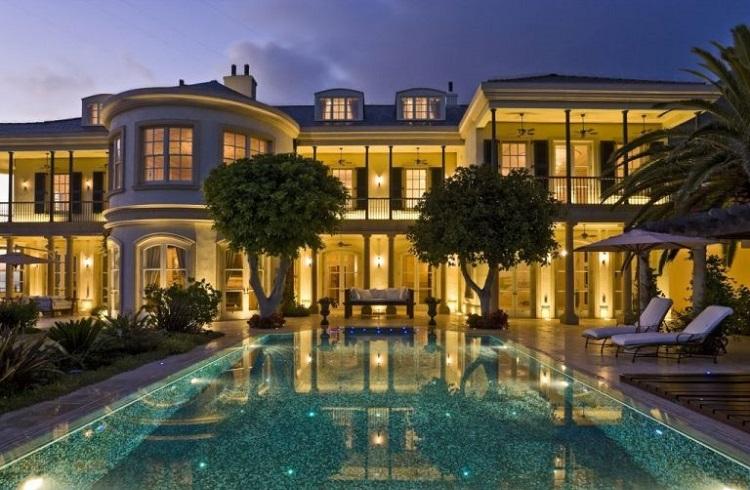 """Akdeniz'in Güzellikleriyle Çevrili Cebelitarık Yarımadasının En Lüks Evi: """"Gibraltar Villa"""""""