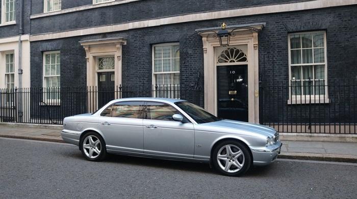 Margaret Thatcher'ın Zırhlı Jaguar XJ8 Otomobili