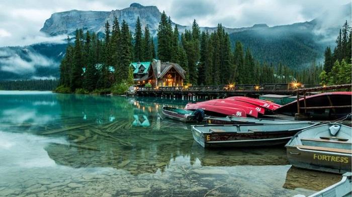 Emerald Gölü, Kanada