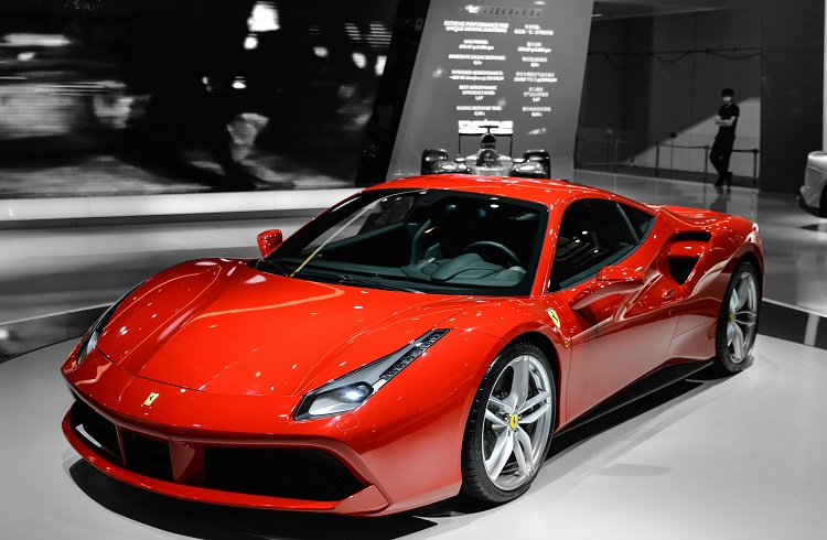 Ferrari 488  GTB Almanız için 10 Geçerli Neden