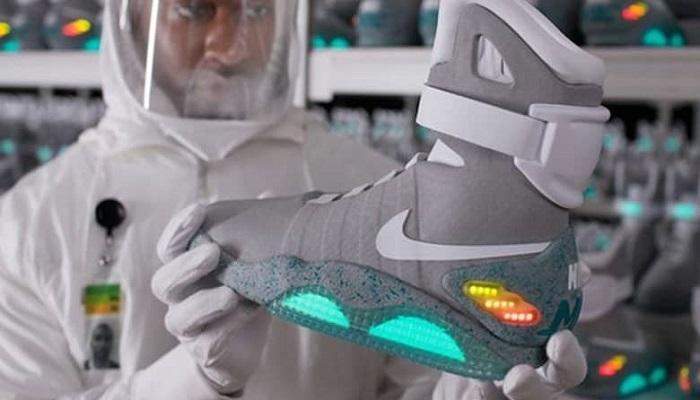 "Nike Air Mag ""Marty McFly"" Ayakkabıları"