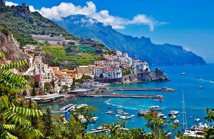 Yazın Kavurucu Sıcaklarından Kaçabileceğiniz İtalya'nın En Lüks 5 Sahil Oteli