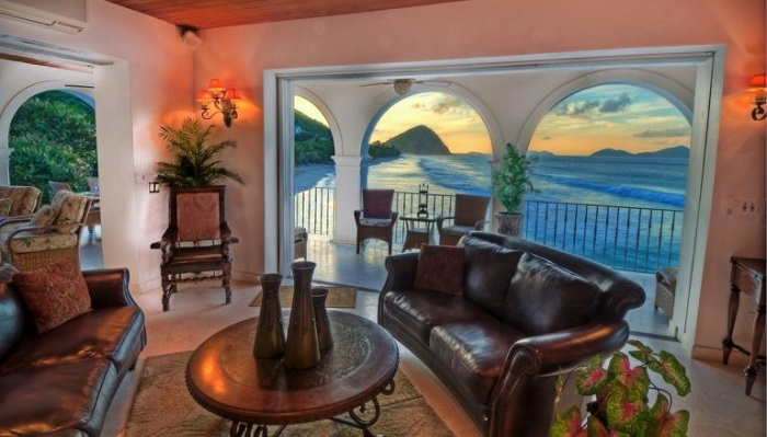 Karayip Sahillerini Süsleyen Sunset Villa'nın Değeri?