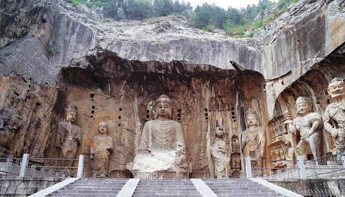 Longmen Mağaraları 龙门石窟