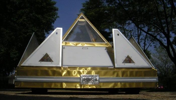 Pyramid Dream Car - Hayallerdeki Piramit Araç