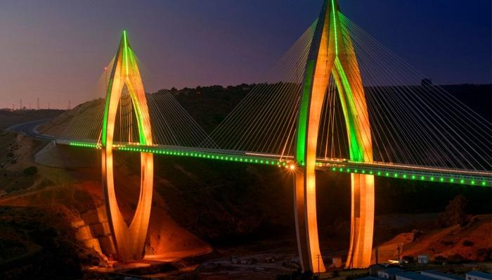 Rabat Şehrinin Yeni Simgesi: VI. Muhammed Köprüsü