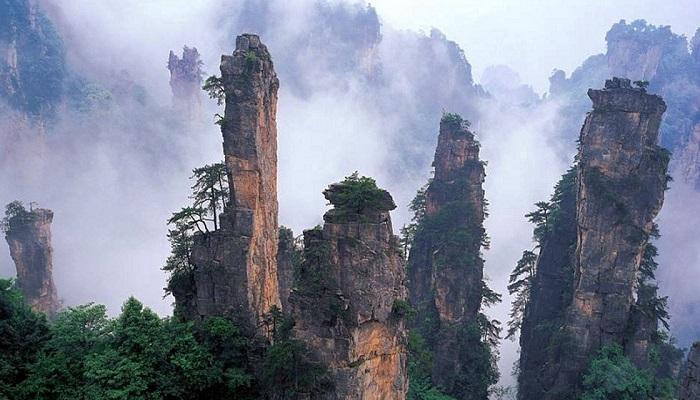 Tianmen Dağı 天门山 – Cennet Kapısı Dağları