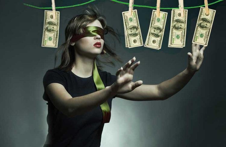 Yakın Zamanda Zengin Olacağınızı Gösteren 8 Belirgin İşaret