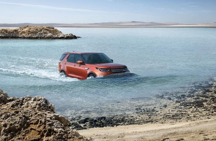 2017 Land Rover Discovery Sport Paris Otomobil Fuarı'nın Sınırlarını Aşıyor!