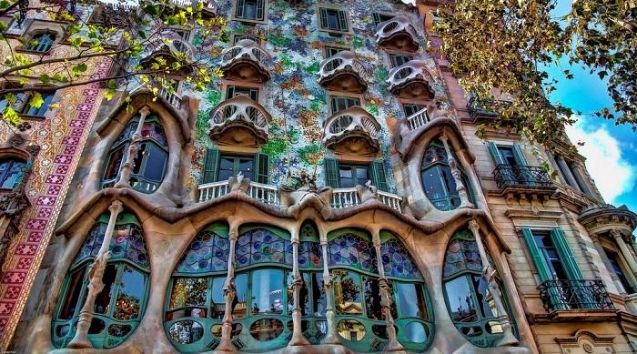Mimari Güzelliklerini İnceleyin