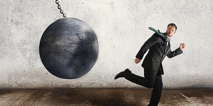 Borca Girerek Kredi Kartı Borcu Kapatılır mı?