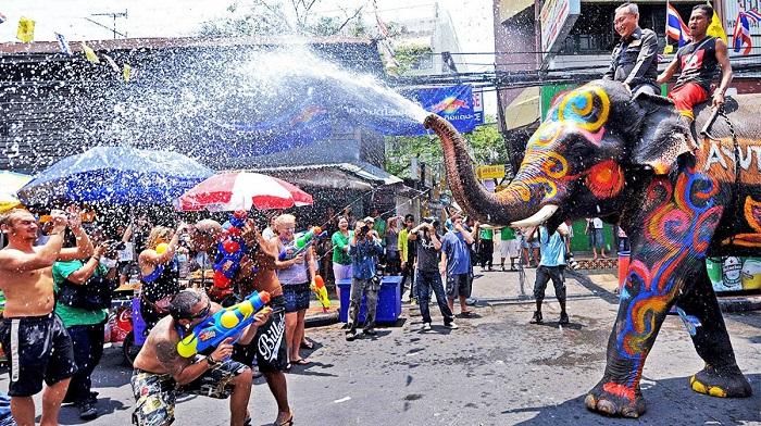 Songkran Festivali