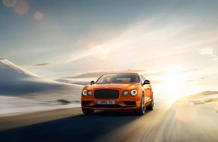 """Gelmiş Geçmiş En Hızlı Bentley Modeli: """"Flying Spur W12 S"""""""