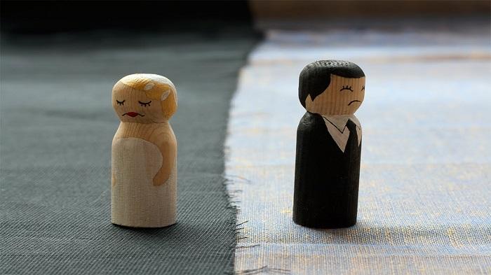 Eşinizin Soyismini Alma