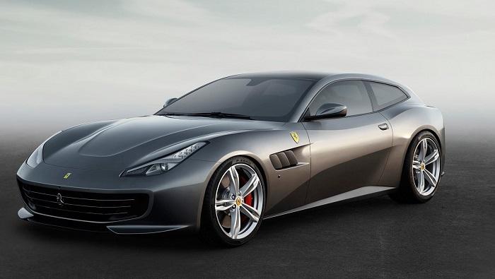 """Ferrari'nin Dört Kişilik İlk Süper Arabası: """"GTC4Lusso T"""""""